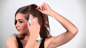 Применение сухого шампуня-спрея