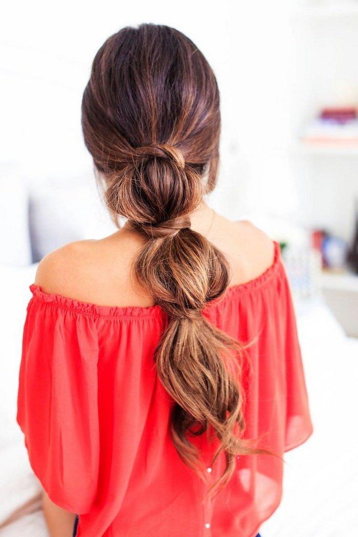 прически для не очень длинных волос на каждый день