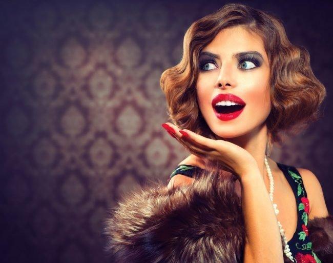 pricheski_na_srednie_volosi_-47-650x513 Прически на средние волосы: 100 фото самых стильных укладок