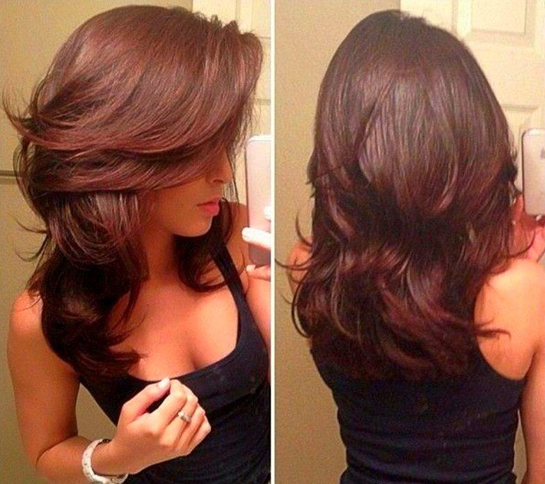 Фото ступенчатой стрижки на средние волосы 5