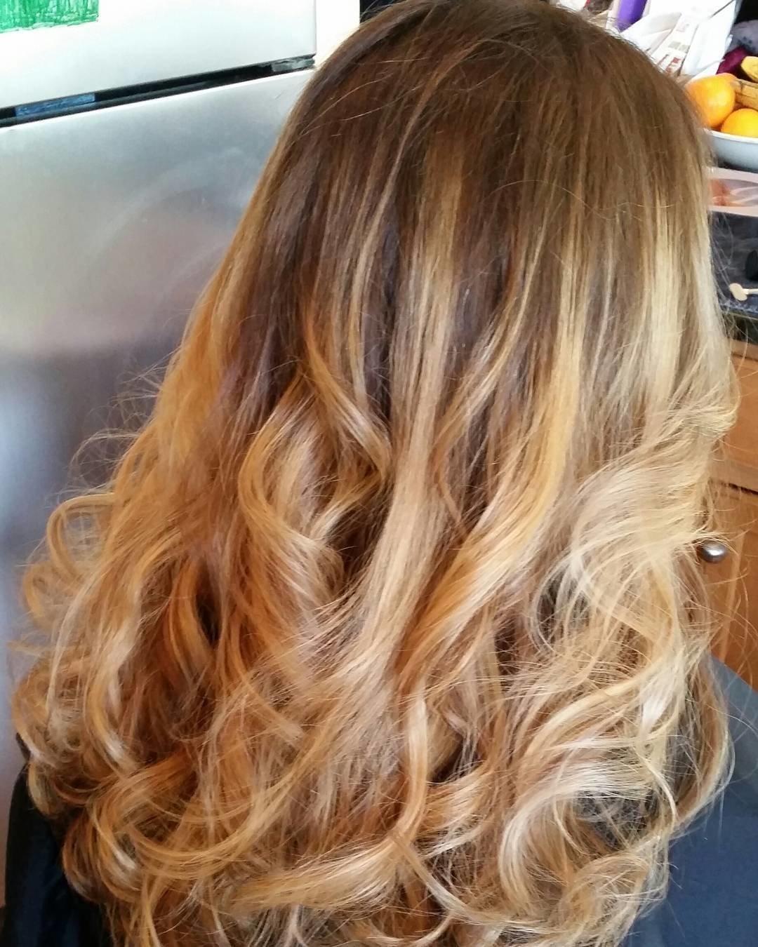 Красивое окрашивание для светлых волос