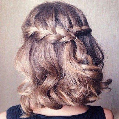 prostie_pricheski_-9-500x500 Простые прически на короткие волосы (100 фото) - укладки на каждый день