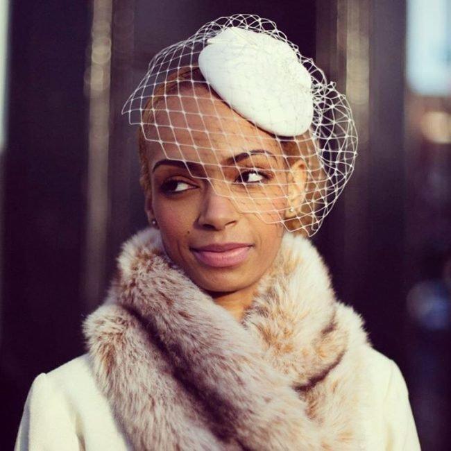 sadebnie_pricheski_na_srednie_volosi_-16-650x650 Прически на средние волосы: 100 фото самых стильных укладок