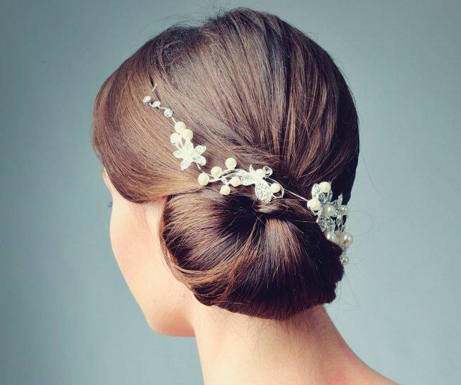 vechernie_pricheski_-2-650x543 Прически на средние волосы: 100 фото самых стильных укладок