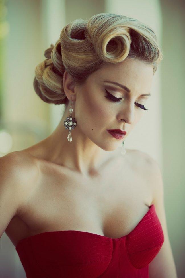 vechernie_pricheski_-49-650x975 Прически на средние волосы: 100 фото самых стильных укладок