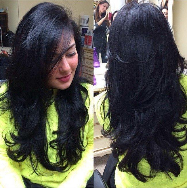 Обаятельная стрижка лесенка на длинные волосы (фото) Стрижка Каскад Длинные Волосы с Челкой