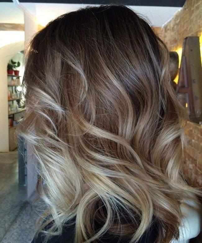Шатуш на вьющиеся волосы фото