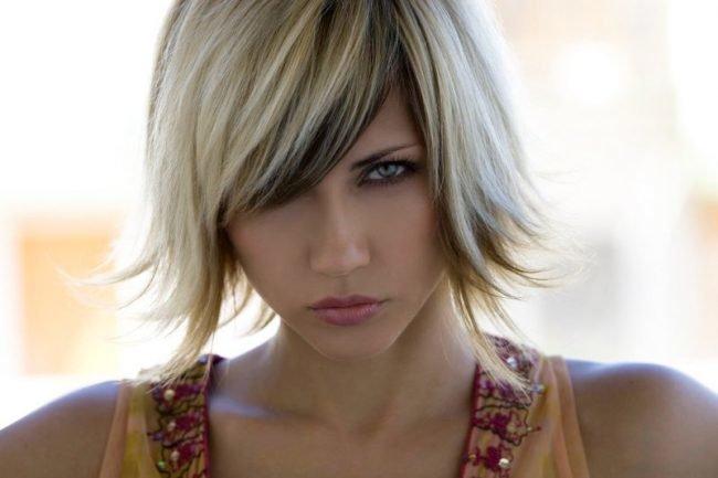 okrashivanie_volos_-35-650x433 Омбре на короткие волосы: варианты окрашивания, фото. Омбре окрашивание на темные короткие волосы и блонд в домашних условиях: фото
