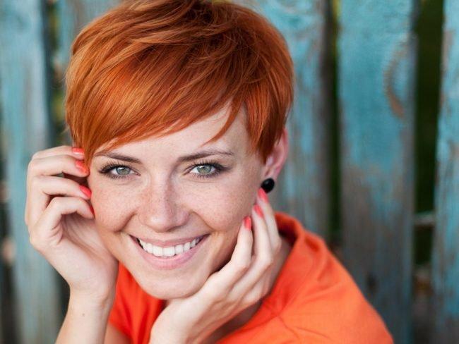 okrashivanie_volos_-37-650x488 Мелирование на рыжие волосы: фото до и после, окрашивание на медный цвет, с челкой и без, на короткие, длинные, крашеные