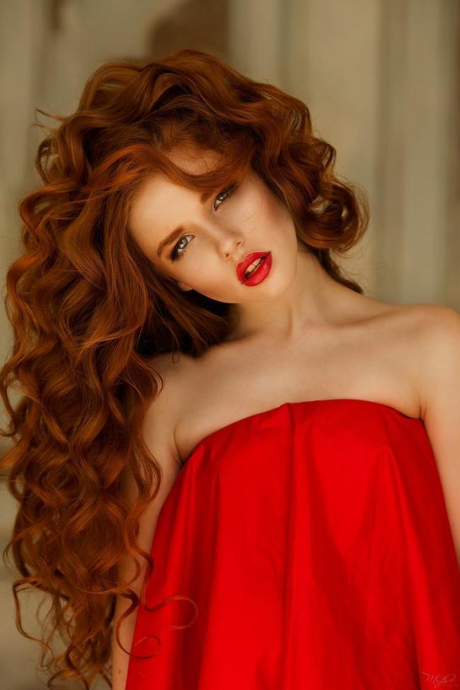 ryzhie_volosy_-1-650x975 Мелирование на рыжие волосы: фото до и после, окрашивание на медный цвет, с челкой и без, на короткие, длинные, крашеные