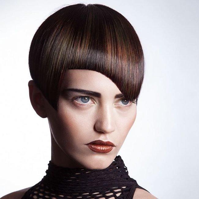 ukladka_na_korotkie_volosy_-13-650x650 Идеи причесок на короткие волосы (фото)