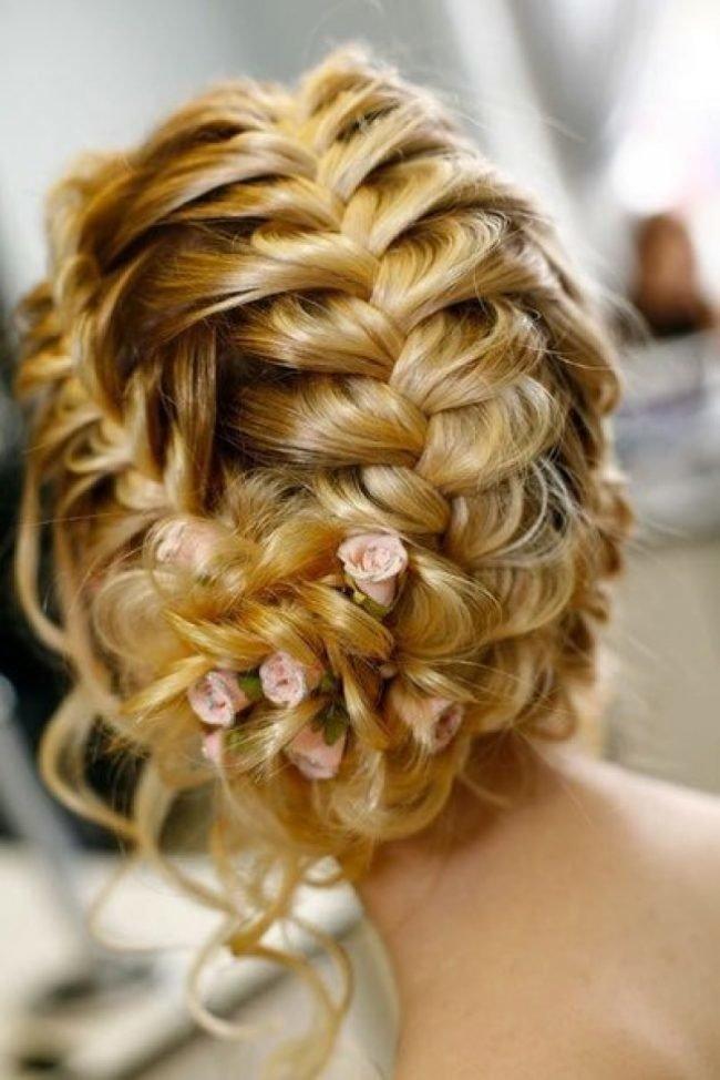 Плетеные волосы с прическами