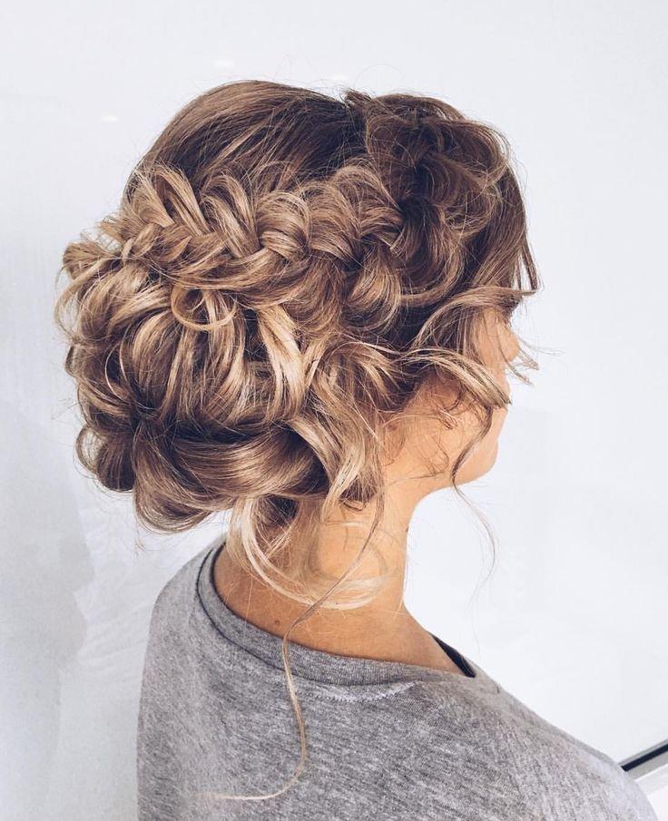Вечерние прически для волос 2018