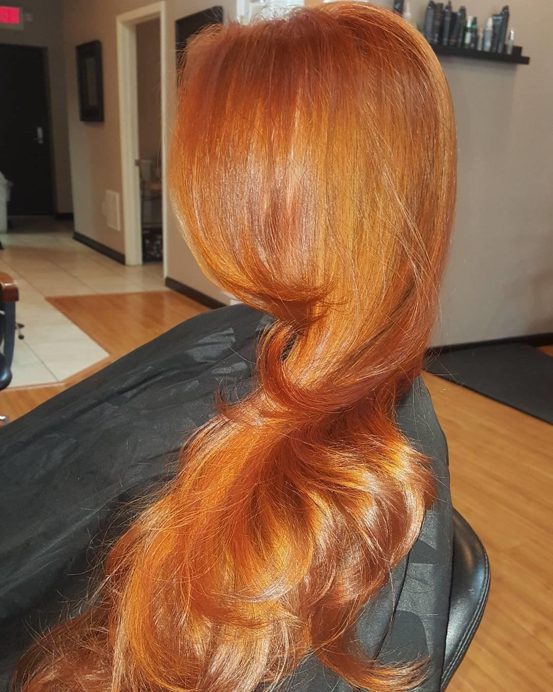 Прически с медным цветом волос