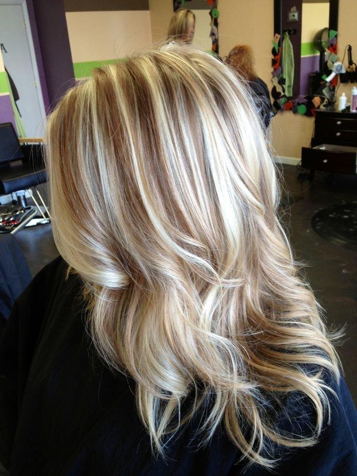 темное мелирование на светлых волосах фото