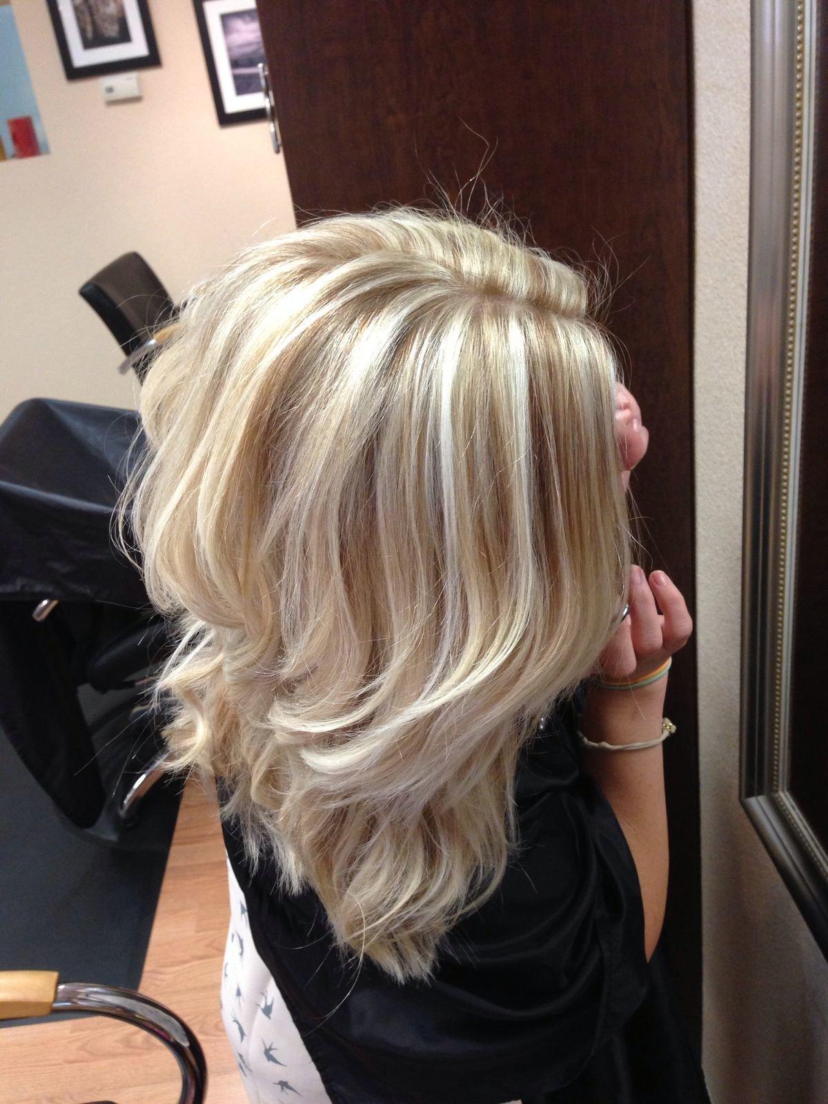 Мелирование светлых волос фото