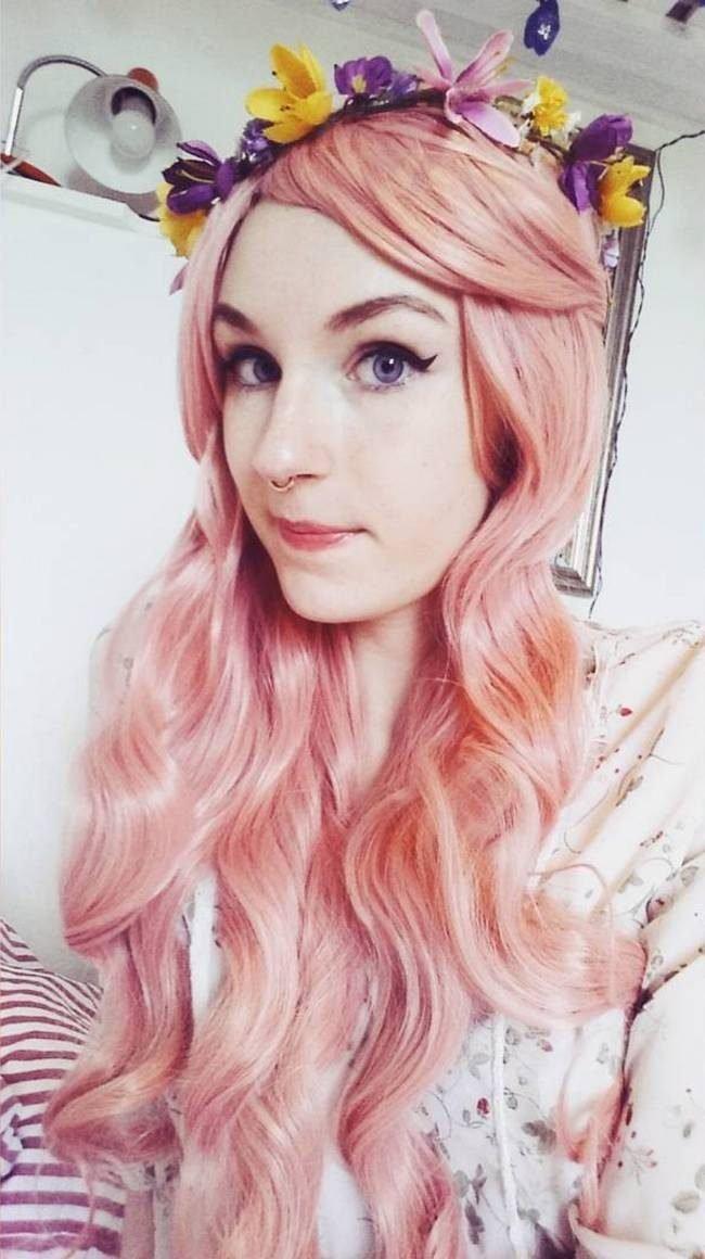 Как получить нежно розовый цвет волос