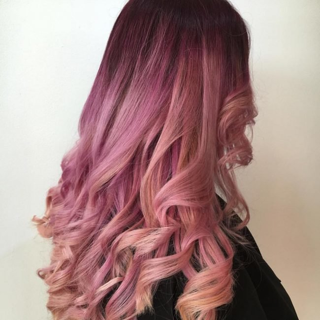 Лилово-розовый цвет волос