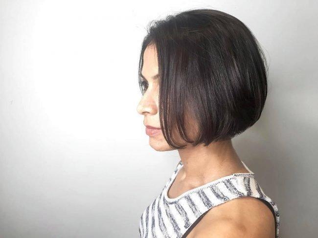 Стрижка каре классическое на средние волосы