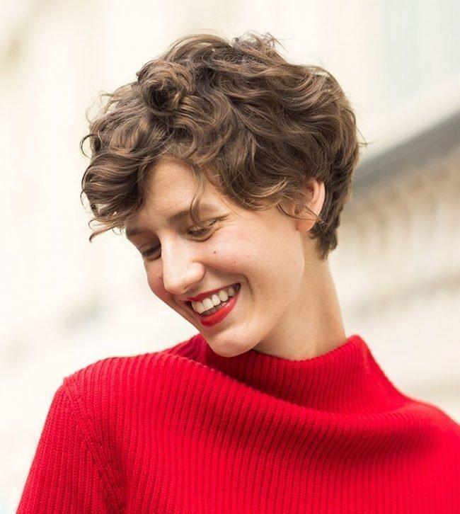 Стрижка для волнистых редких волос