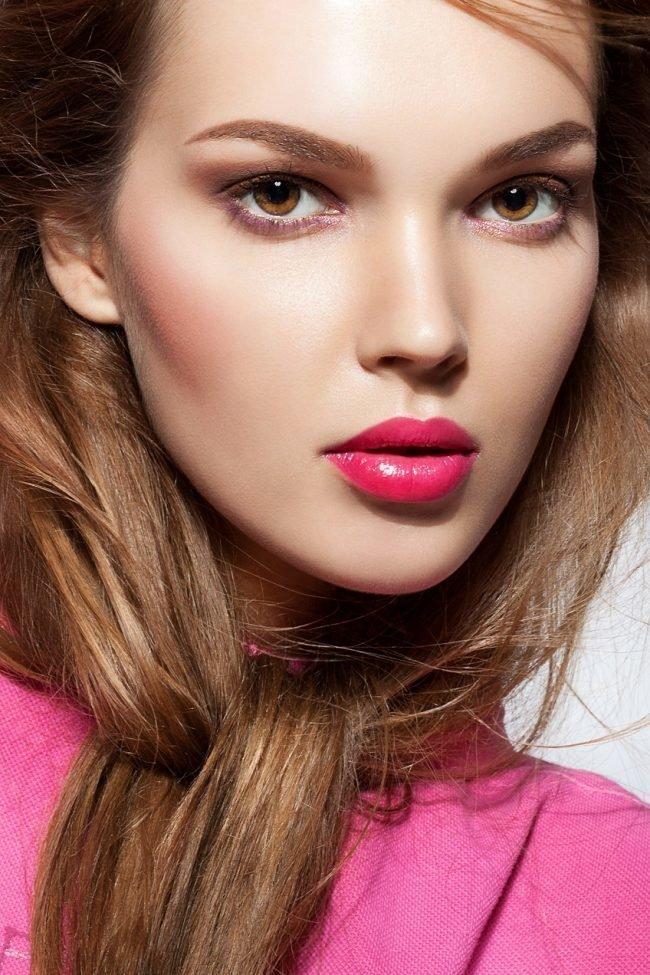 kak-pravilno-nanosit-makijazh-na-lico_ (37)