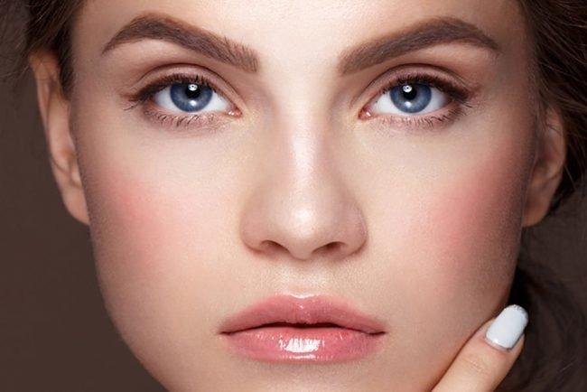 kak-pravilno-nanosit-makijazh-na-lico_ (39)