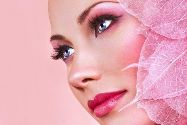 kak-pravilno-nanosit-makijazh-na-lico_ (40)