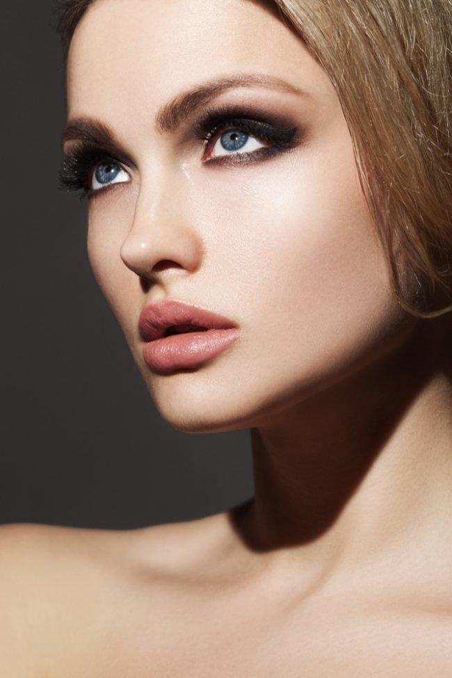 kak-pravilno-nanosit-makijazh-na-lico_ (42)