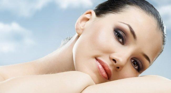 kak-pravilno-nanosit-makijazh-na-lico_ (45)
