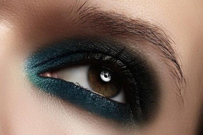 kak-pravilno-nanosit-makijazh-na-lico_ (47)