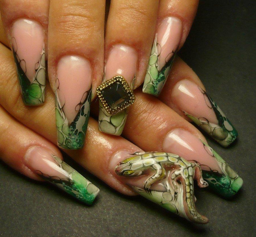 Дизайны ногтей с жидкими камнями