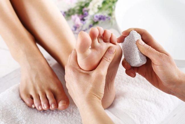 Массаж эротических точек на ногах секс массаж европы