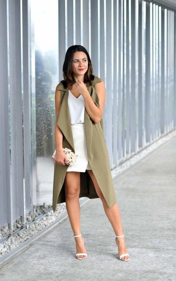 Платье с длинным жилетом