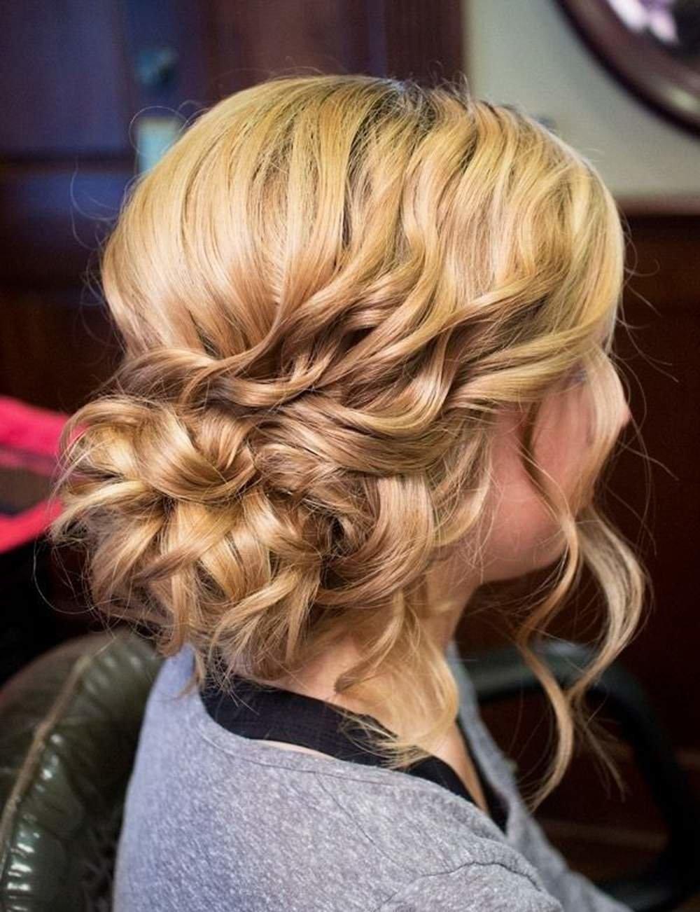 Фото красивых причёсок на волосы средней длины фото