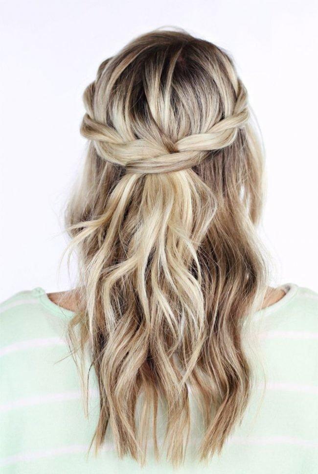 Pricheski-na-srednie-tonkie-volosy-foto_040-650x968 Прически на средние волосы: 100 фото самых стильных укладок