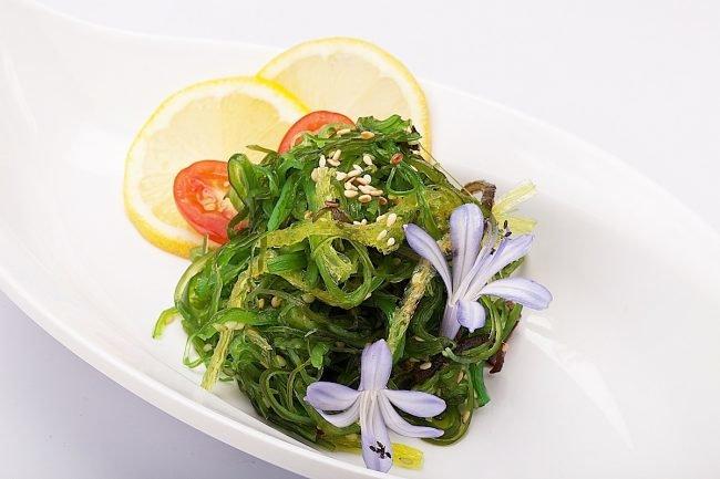 salat-s-morskoj-kapustoj-prostye-recepty-s-foto_11