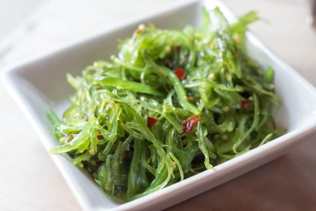 salat-s-morskoj-kapustoj-prostye-recepty-s-foto_13