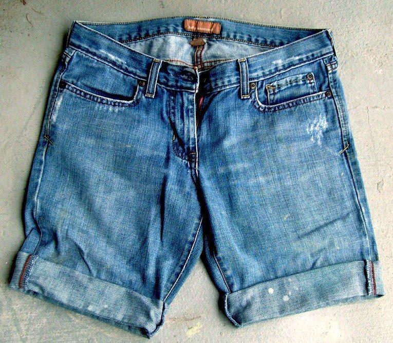 Как из старых джинсов сделать модные шорты мужские - Современная школа