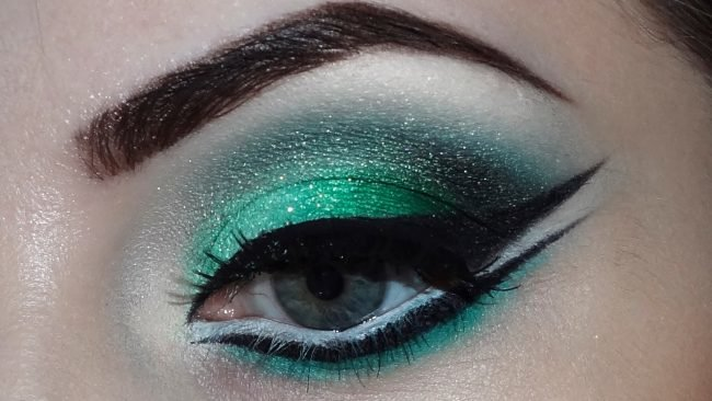 makijazh-dlja-zelenyh-glaz-foto-poshagovoe_ (36)