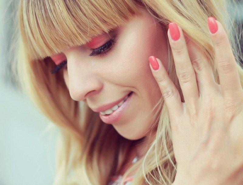 manikjur-shellak-foto_-49 Дизайн ногтей шеллак: 100 лучших фото нейл-арта в разных цветах и стилях