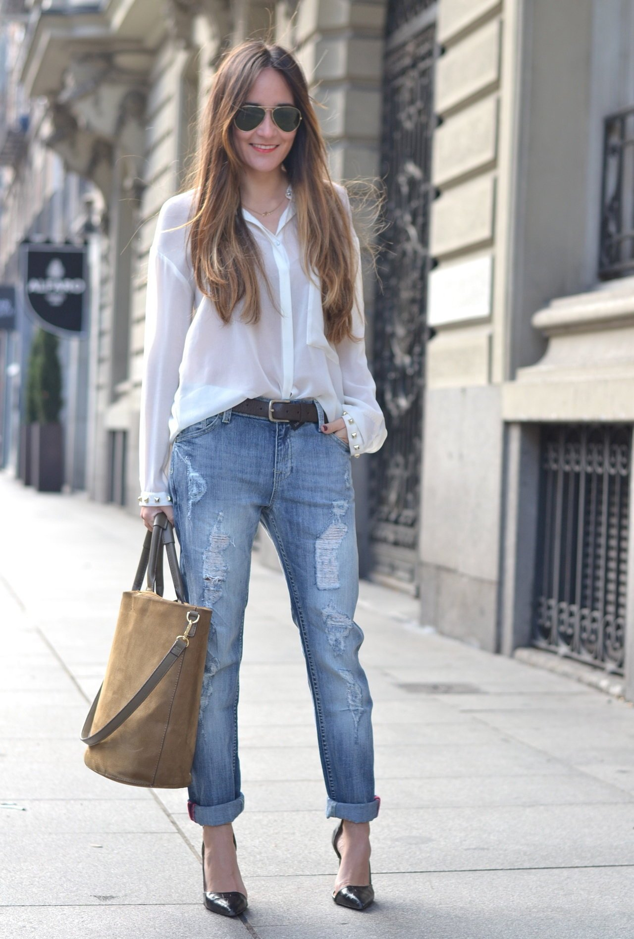 белая рубашка и джинсы картинки снова