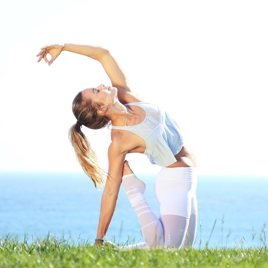 Hatha yoga poses free yoga picture galleries, the free online illustrated hatha yoga poses is an excellent collection