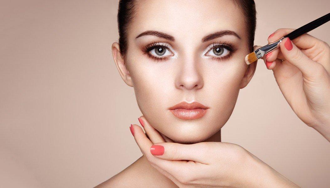 как правильно пошагово наносить тональный крем на лицо