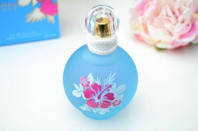 parfjumerija-zhenskaja-novinki_03
