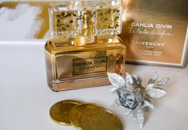 parfjumerija-zhenskaja-novinki_10