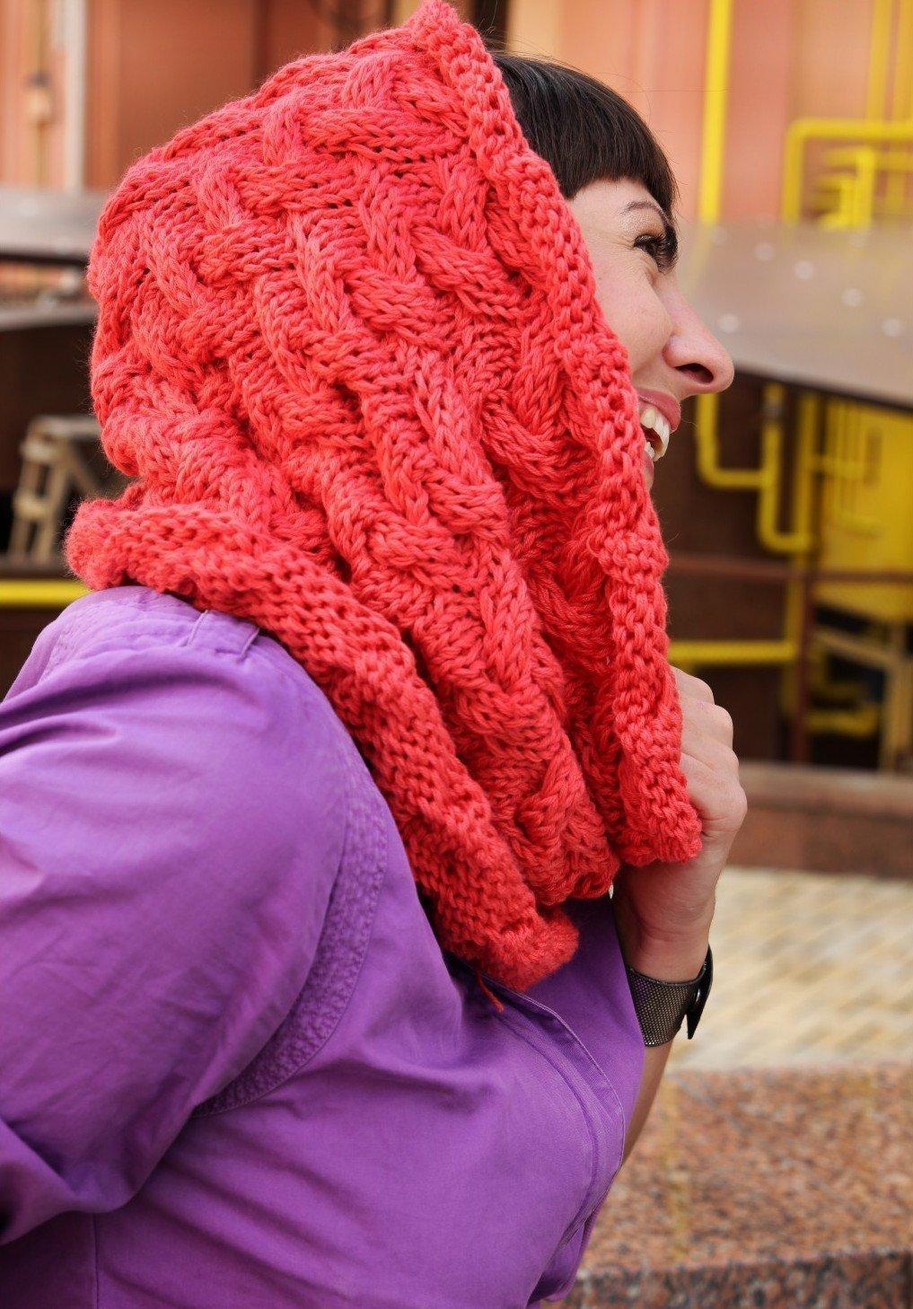 Вязание шарфа косой на голове