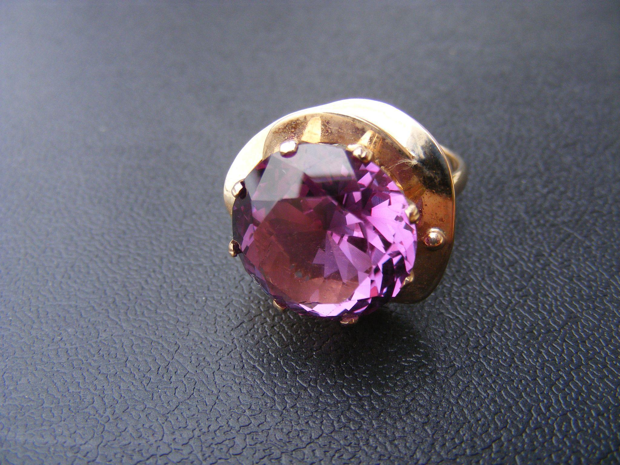 aleksandrit-kamen-foto-svojstva-i-znacheniya_14