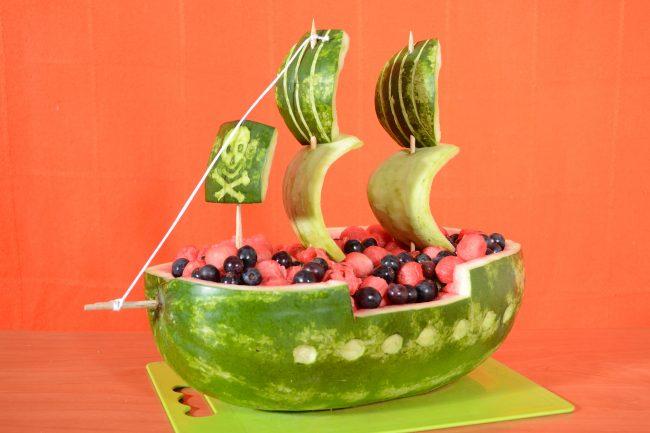 Karving-iz-ovoshhej-i-fruktov-poshagovoe-foto_01-650x433 Карвинг розы