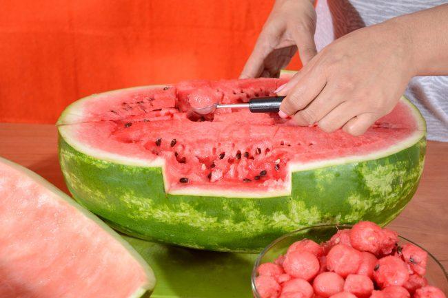 karving-iz-ovoshhej-i-fruktov-poshagovoe-foto_02