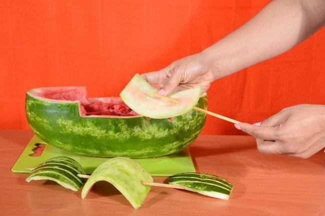 karving-iz-ovoshhej-i-fruktov-poshagovoe-foto_03
